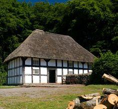 Abernodwydd farmhouse, St Fagans,Wales.  National History Museum (17th century)