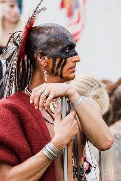 Native American Face Paint, Native American Warrior, Native American Indians, Shawnee Indians, Native American Photography, Polynesian Men, Woodland Indians, Powwow Regalia, Rangers
