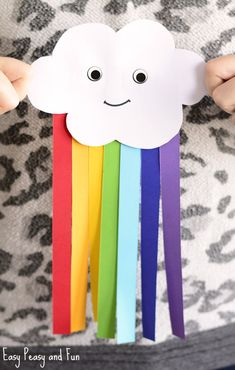 Cute Paper Rainbow Kid Craft Toddler class - creation Spring easy paper crafts for kids - Paper Crafts Tissue Paper Crafts, Paper Crafts For Kids, Easy Crafts For Kids, Children Crafts, Paper Paper, Art Crafts, Kids Diy, Diy Art, Button Crafts For Kids