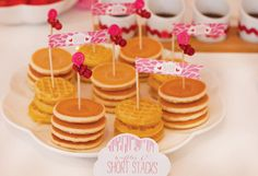 Showered with Love: Baby Girl Baby Showers PARTY DECOR