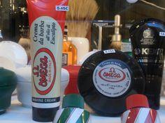 Productos para el afeitado OMEGA.