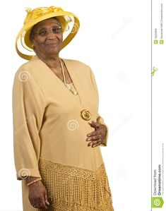 Mujer con sombrero amarillo.