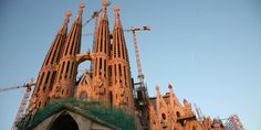 Barcelona's famous unfinished cathedral. Work began in 1882 and continues to this day. Hg2.com