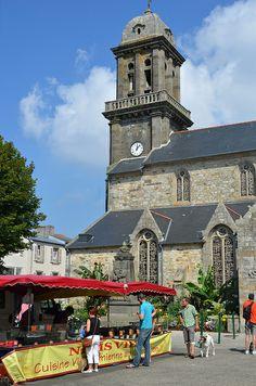 Le Faou  Este pueblo está en la lista de Les Plus Beaux Villages de France y le Petite cité de caractère du Finistère.