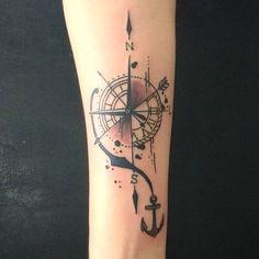 Tattoo do Christian! Valeu a confiança! Para tatuar: (11) 9-8146-7414 ou agenda.michaelcaxa@gmail.com  Atendendo no @rinzotattoo Rua Silva Jardim, 03 - Centro - SBC (Esquina com Marechal Deodoro,1855)  #Tattoo #Tatuagem #Bussola #RosaFosVentos #Relogio #Ancora #BlackWork #Lines #Direcao #MichaelCaxaTattoo #RinzoTattoo
