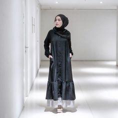 Hijab Dress, Hijab Outfit, Longdress Hijab, Hijab Style, Teen Fashion, Womens Fashion, Abaya Fashion, Casual Dresses, Street Style