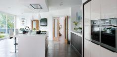 Greenhill Contemporary Kitchen
