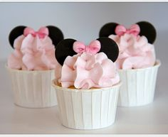 Minnie Mouse Cupcakes Perfect for a little girls party..