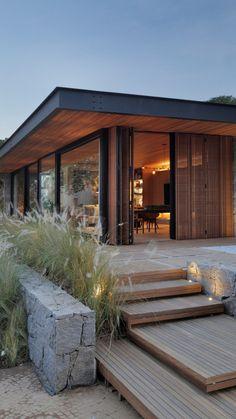 Gallery of Casa Lite SP / Duda Porto Arquitetura – 6 – Architecture Ideas Modern House Design, Minimalist House Design, Home Fashion, Interior Design Living Room, Exterior Design, Facade Design, Future House, Modern Architecture, Pergola