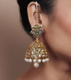 Pearl Kundan Embellished Jhumki Earrings by Indiatrend Shop now on… India Jewelry, Ethnic Jewelry, Antique Jewelry, Pakistani Jewelry, Bollywood Jewelry, Jhumki Earrings, Indian Earrings, Wedding Jewelry, Jewelry Collection