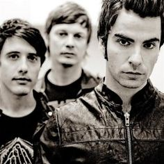 Stereophonics, one of Britain's best-loved bands from Wales , will perform four intimate warm up shows before their highly anticipated set at the Olympic Opening Ceremony Concert in Hyde Park July Music Is My Escape, Music Is Life, My Music, Great Bands, Cool Bands, Hard Rock, Grunge, Indie, Luther Vandross