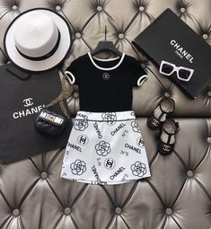 Luxury Baby Clothes, Designer Baby Clothes, Cute Baby Clothes, Kids Outfits Girls, Cute Outfits For Kids, Baby Boy Outfits, Cute Little Baby, Cute Baby Girl, Baby Girl Fashion