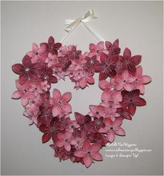 If I had a baby girl, I'd make this and put it on the wall over her crib. . .although it's for Valentine's Day  : )