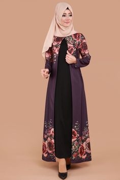 With nlack mat roses Modest Fashion Hijab, Abaya Fashion, Fashion Dresses, Moslem Fashion, Mode Abaya, Batik Fashion, Abaya Designs, Muslim Dress, Pakistani Dress Design