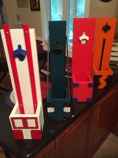 Beer Bootle Openers w/catcher in Philly Sports Team colors. #Phillies #Eagles #Sixers #Flyers