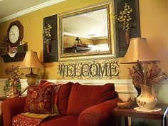 love the welcome sign...found it @ Hobby Lobby..  http://picketsplace.blogspot.com