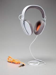Incase  Sonic Over Ear Headphones