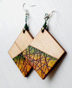 Wooden Earrings, Wooden Jewelry, Diy Earrings, Resin Jewelry, Handmade Jewelry, Wood Burning Crafts, Wood Burning Patterns, Wood Burning Art, Terracotta Jewellery