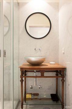 House in Porto II, Double room Bathroom | Photo by: Francisco Rivotti | Porto | Skike Design