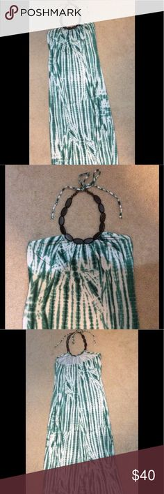 Woman's long Ister dress. Woman's long Ister dress lightly used. Good condition. Ister Dresses