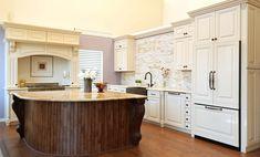 Crème Maple Glazed Cabinet