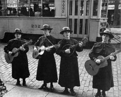 Peter Sekaer - Salvation Army Musicians, Cleveland, Ohio (c1936)