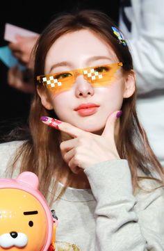 South Korean Girls, Korean Girl Groups, Twice Korean, Sana Momo, Jihyo Twice, Nayeon Twice, Dahyun, Im Nayeon, I Have A Crush