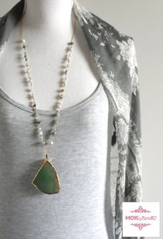 Hey, I found this really awesome Etsy listing at https://www.etsy.com/listing/268388344/crystal-necklace-agate-slice-necklace
