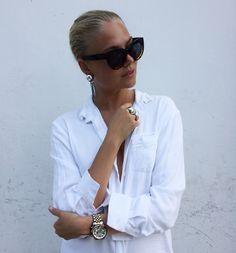 Lej denne hvide RAIINE skjorte str. 36 for kun 75 DKK om dagen på RentAtrend. Jeg udlejer denne fine skjorte fra Raiine, som er perfekt til både hverdag og fest #RAIINE #alt_shirts #secondhand #fashion