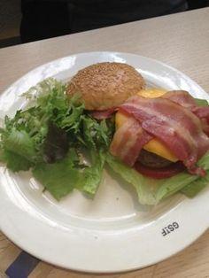 """fantastic burger! Brunch at """"God Save the Food"""" in Milan!"""