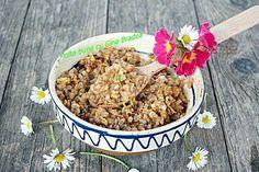 Coliva traditionala sau grau fiert cu miere Romanian Food, Cereal, Vegan Recipes, Sweets, Breakfast, Desserts, Blog, Morning Coffee, Tailgate Desserts