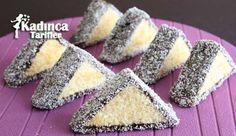 Üçgen Kek Tarifi nasıl yapılır? Üçgen Kek Tarifi'nin malzemeleri, resimli anlatımı ve yapılışı için tıklayın. Yazar: Sümeyra Temel Celebration Cakes, Cookie Recipes, Biscuits, Sweet Tooth, Deserts, Food And Drink, Cookies, Eat, Pastries