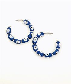 The Blue Baubler Hoops are created with handpainted wood. They are extremely lightweight, comfortable and hypoallergenic. Design Show, Statement Jewelry, Washer Necklace, Dallas, Hand Painted, Bracelets, Blue, Vintage, Color