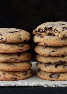 10 cookie recipes that will bring happiness back to your life - Cuina - Recetas Cookies Receta, Cookie Recipes, Dessert Recipes, Delicious Desserts, Yummy Food, Cookies Et Biscuits, Chip Cookies, Chocolate Desserts, No Cook Meals