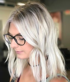 "32 Likes, 3 Comments - Cindy S Magarin (@hairby_cindy) on Instagram: ""The B E A U T Y of B A L A Y A G E ✨ Swip—> • • • #mastersofbalayage #modernsalon #keuneamerica…"""