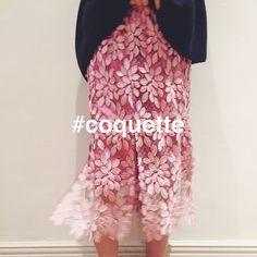 いいね!923件、コメント4件 ― IÉNAさん(@iena_jp)のInstagramアカウント: 「・ my favorite color is pink❤︎ ・ new theme 〝coquette〟 ・ knit【IENA】¥31,000+tax skirt【IENA】¥25,000+tax…」