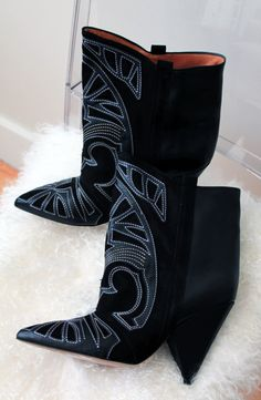 LE FASHION BLOG NEW IN ISABEL MARANT FALL 2012 BERRY EMBROIDERED SUEDE LEATHER WEDGE HEEL WESTERN INSPIRED COWBOY GIRL ANKLE BOOTS CUT OUT APPLIQUE 1