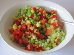 Apfel - Staudensellerie - Salat mit Kirschtomaten   Chefkoch.de
