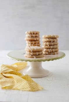 These look so pretty-- Lemon Cookies with Lemon Icing