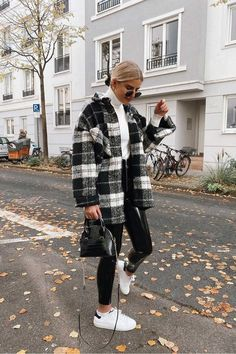 Trendy Fall Outfits, Casual Winter Outfits, Winter Fashion Outfits, Look Fashion, Cool Outfits, Black Jeans Outfit Winter, Winter Outfits Women, Nyc Fashion, Cold Winter Fashion