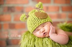 Newborn Photo Prop / Baby Knit Hat / Green / by ZucchiniIsland, $18.00