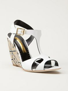 272944a3c33339 22 Best  Style 6 luxury  Wedge S images