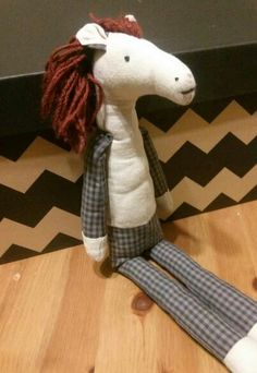 Vörös sörény párja Dinosaur Stuffed Animal, Snoopy, Toys, Animals, Fictional Characters, Art, Activity Toys, Art Background, Animales