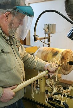 Starting with a Log at the lathe in the Woodturning Studio at the John C. Campbell Folk School | folkschool.org