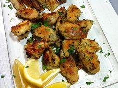 Very good recipe love the chicken Lebanese Baked Chicken, Tandoori Chicken, Lebanese Recipes, Lebanese Cuisine, Easy Cooking, Cooking Recipes, Baked Chicken Recipes, Middle Eastern Recipes, Arabic Food