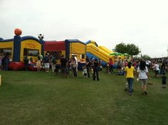 Bounce House Rentals AZ are the local favorite in the Phoenix and surrounding areas, for bouncer rentals. Whether you are planning for a large party, or a small back yard event, working with an experienced company can make your event a success. There are a large selection of rental options including water slides.