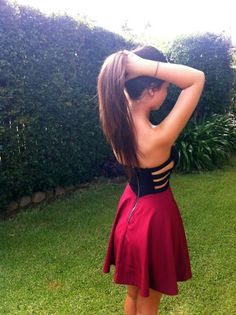 Black and red summer dress. Teen fashion.