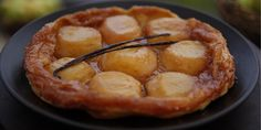 Try this Apple Tarte Tatin recipe by Chef Matt Moran. This recipe is from the show Paddock To Plate. Apple Dessert Recipes, No Cook Desserts, Breakfast Recipes, Other Recipes, Sweet Recipes, Poached Pears, Recipe Collection, Cooking Recipes, Favorite Recipes