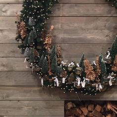 @rivieramaison has some beautiful wreaths in different sizes that you can   decorate:christmas_tree::heart: @nicolicious2 :ok_hand: #flatlay #flatlays #flatlayapp www.flat-lay.com