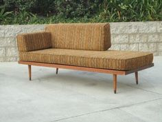 San Diego: original Mid Century Modern COUCH / DAY BED with PEG LEGS $995 - http://furnishlyst.com/listings/628770